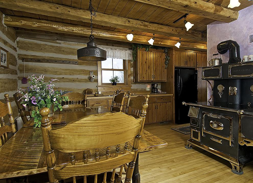 Door county log cabin gustave 39 s getaway welcomes you Getawaycabins com